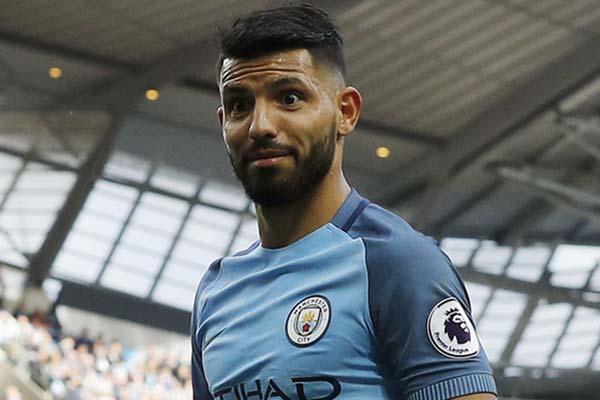 Ujung tombak Manchester City Sergio Aguero - Reuters/Darren Staples