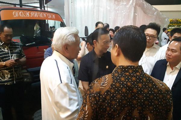 Suasana duka di RSPAD Gatot Soebroto Jakarta, tempat almarhum Eka Tjipta Eidjaja disemayamkan./Bisnis - com/Muhammad Ridwan