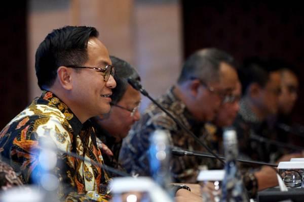 Direktur Utama Bank Mandiri Kartika Wirjoatmodjo memberikan penjelasan pada RUPSLB, di Jakarta, Senin (7/1/2019). - Bisnis - Nurul Hidayat
