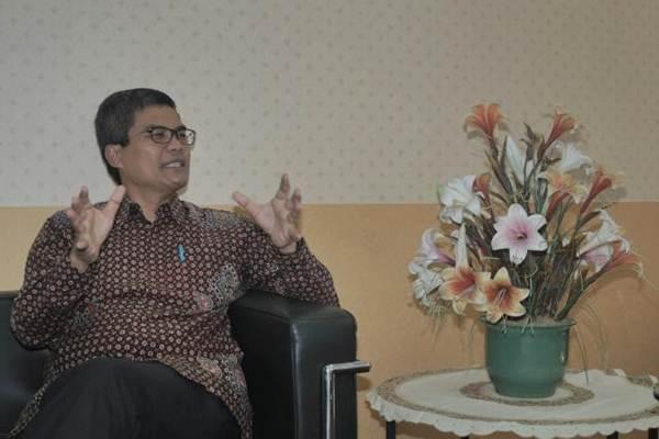 Staf Khusus Wakil Presiden Jusuf Kalla, Wijayanto Samirin mengunjungi kantor redaksi harian Bisnis Indonesia, di Jakarta, Rabu (1/11). - JIBI/Nurul Hidayat