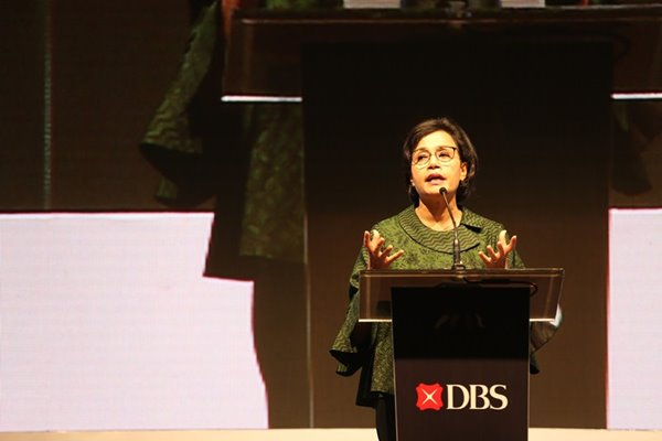 Menteri Keuangan Sri Mulyani berbicara dalam DBS Asian Insights Conference 2019 yang diselenggarakan di Jakarta (31 - 1) bertemakan Accelerating Growth for Future/Forward Indonesia.