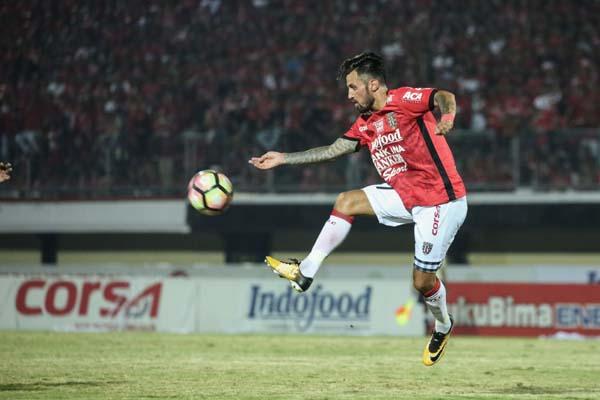 Pemain Bali United Stefano Lilipaly - BaliUtd.com