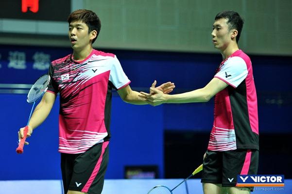 Lee Yong Dae (kiri) dan Yoo Yeon Seong - www.fameimages.com