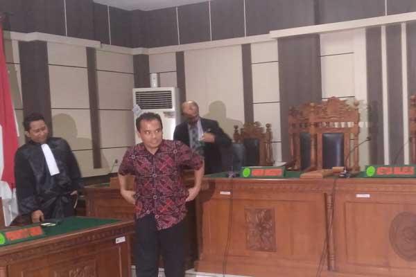 Bupati Purbalingga non aktif Tasdi usai menjalani persidangan di pengadilan Tipikor Semarang - Alif