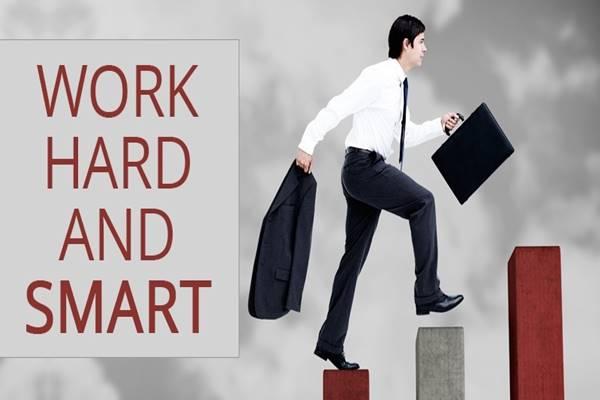 Ilustrasi pekerja keras dan cerdas - Istimewa