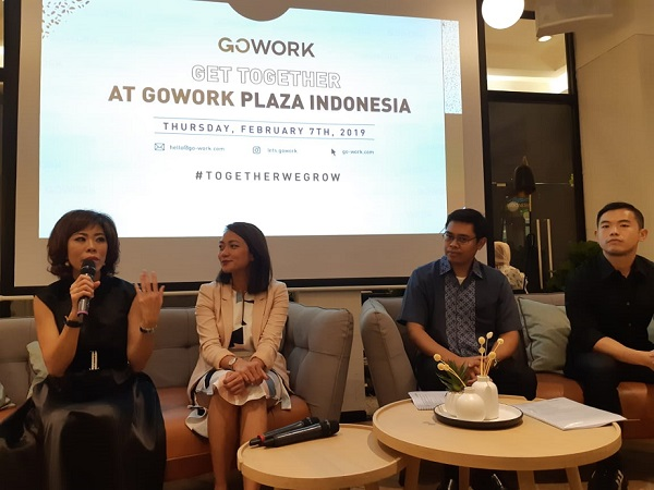 Senior Vice President Transaction Banking Business Development BCA I Ketut Alam Wangsawijaya (kedua dari kanan) dalam acara peluncuran coworking space terbaru di Plaza Indonesia, Kamis (7/2/3019) - Bisnis/Eva Rianti