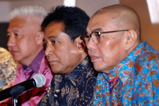Ketua Perhimpunan Hotel dan Restoran Indonesia (PHRI) Hariyadi Sukamdani memberikan keterangan saat jumpa pers terkait isu larangan PNS menggelar rapat di hotel, di Jakarta, Rabu (13/2/2019). - Bisnis/Abdullah Azzam