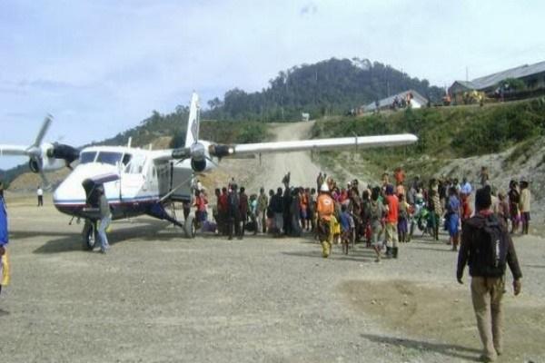 Ilustrasi - Bandara kecil di Papua. - Ilustrasi/Antara