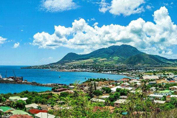 Salah satu sudut pemandangan alam di Negara St. Kitts & Navis. - Bisnis/caribbeanislands.com