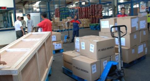 Ilustrasi - Kargo logistik - Bisnis