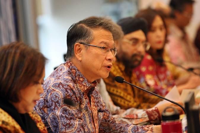 Direktur Utama PT Bank Danamon Indonesia Tbk Sng Seow Wah memberikan penjelasan mengenai kinerja perusahaan di Jakarta, Rabu (20/2/2019). - Bisnis/Dedi Gunawan