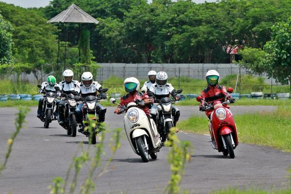 Honda Scoopy sudah mengaspal di Indonesia delapan tahun terakhir. - Bisnis/Wahyu Darmawan