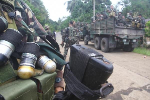 Pasukan Abu Sayyaf. Polairud diinstruksikan lakukan pengamanan kawasan perbatasan. - Reuters