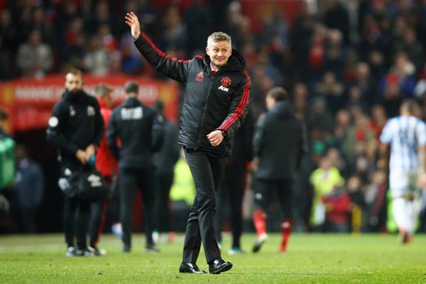 Pelatih Manchester United Ole Gunnar Solskjaer - Reuters/Jason Cairnduff