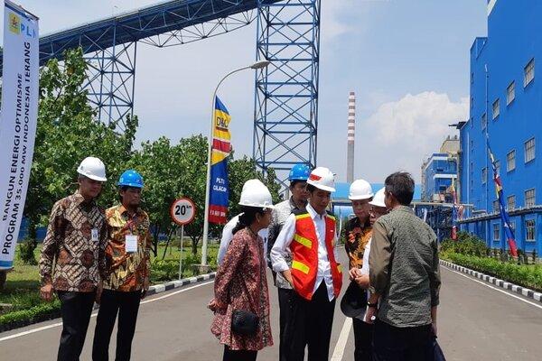Presiden Joko Widodo di PLTU Ekspansi 1x660 MW di Cilacap, Senin (25/2/2019). - Bisnis/Amanda K.