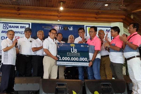 Turnamen Golf Ikatan Alumni Universitas Brawijaya sumbang beasiswa Rp1 Miliar - IST