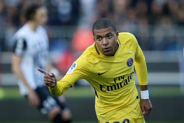 Penyerang Paris Saint-Germain Kylian Mbappe - Reuters/Stephane Mahe