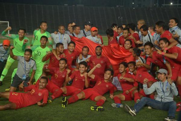 Timnas Indonesia U-22 juara Piala AFF U-22 2019 di Phnom Penh, Kamboja, pada Selasa (26/2/2019). - Antara/Nyoman Budhiana
