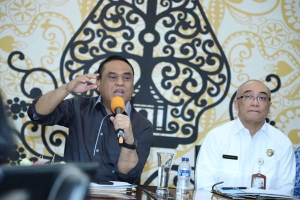 Menteri Pendayahgunaan Aparatur Negera (Menpan)-Reformasi Birokrasi Syafrudin, dan Kepala BKN Bima Haria Wibisana (kanan) bertemu dengan Asosiasi Media Siber Indonesia (AMSI), Rabu (19/12). Pertemuan membahas seleksi CPNS 2018. - Istimewa