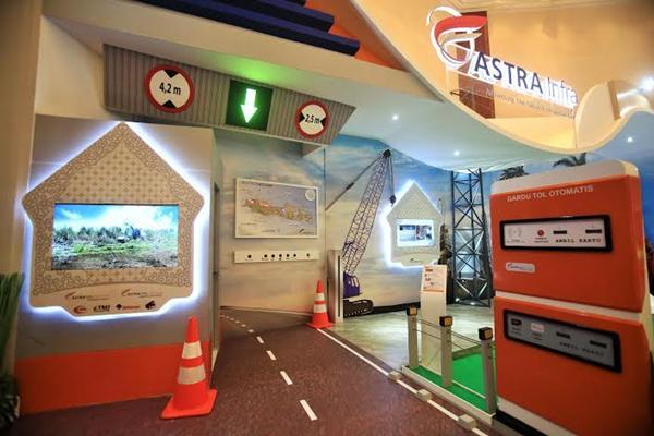 Booth Astra Infrastruktur di Hut ke 60 Astra - dokumentasi
