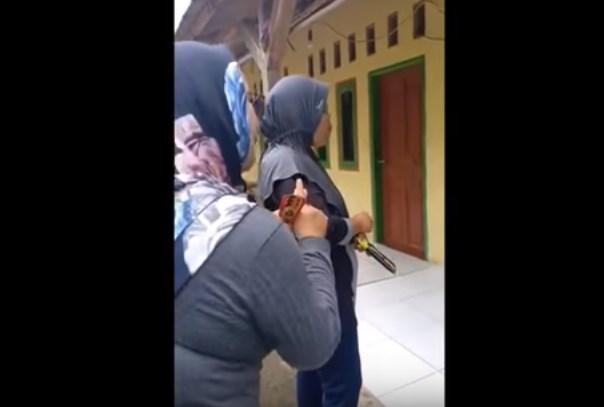 Kampanye emak-emak tidak ada azan dan LGBT jika pasangan Joko Widodo-Amin Maruf menang - Youtube