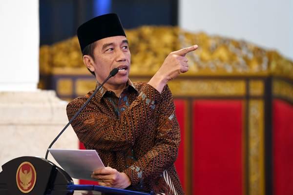 Presiden Joko Widodo saat memberikan sambutan pada Kongres XIX Ikatan Pelajar Nahdlatul Ulama (IPNU) dan Kongres XVIII Ikatan Pelajar Putri Nahdlatul Ulama (IPPNU) di Istana Negara Jakarta, Jumat (21/12/2018). - ANTARA/Wahyu Putro A