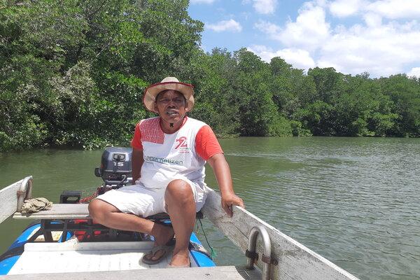 Herman Ferlani, Pengelola Hutan Mangrove Graha Indah Balikpapan.