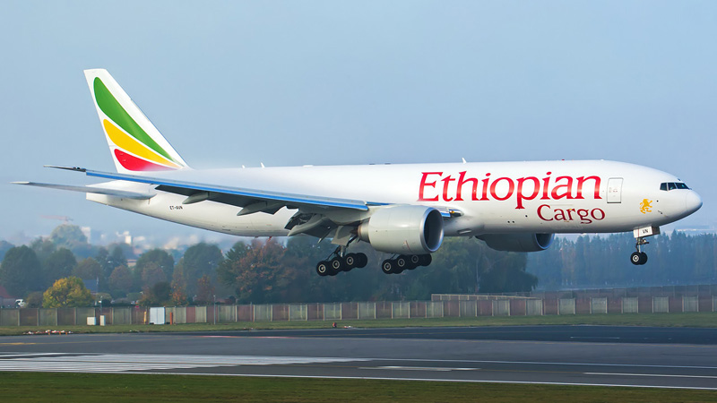 Ilustrasi -  Pesawat kargo Boieng 777 milik Ethiopian Airliens bernomor registrasi ET/AVN. Foto: Jetphotos.com