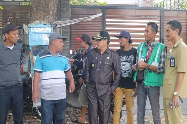 Wali Kota Malang Sutiaji (tiga dari kiri) saat melakukan sidak titik parkir di sektiar Mall Olympic Garden, Senin (11/3/2019) - Istimewa