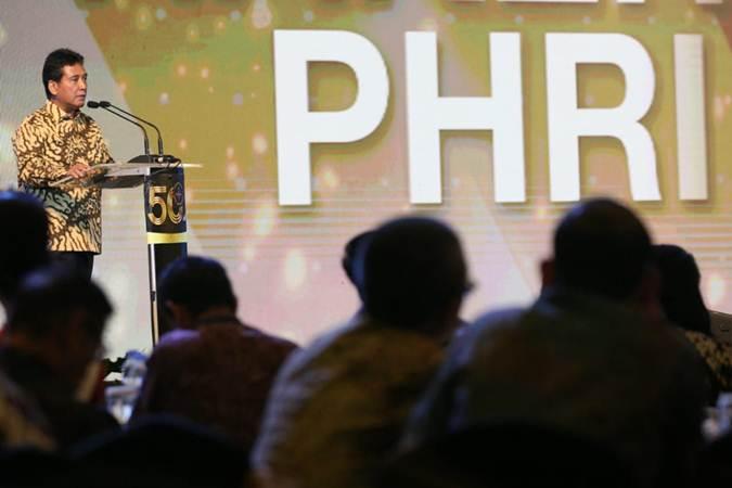 Ketua Umum Perhimpunan Hotel dan Restoran Indonesia (PHRI) Hariyadi Sukamdani menyampaikan sambutan pada pembukaan Rapat Kerja Nasional IV PHRI, di Jakarta, Senin (11/2/2019). - Bisnis/Dedi Gunawan