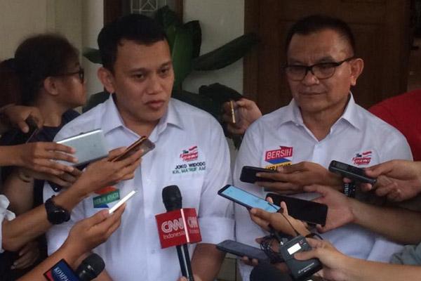 Abdul Kadir Karding (kiri),Abdul Kadir Karding, Wakil Ketua Tim Kampanye Nasional (TKN) Jokowi-Maruf. - Bisnis/Muhammad Ridwan