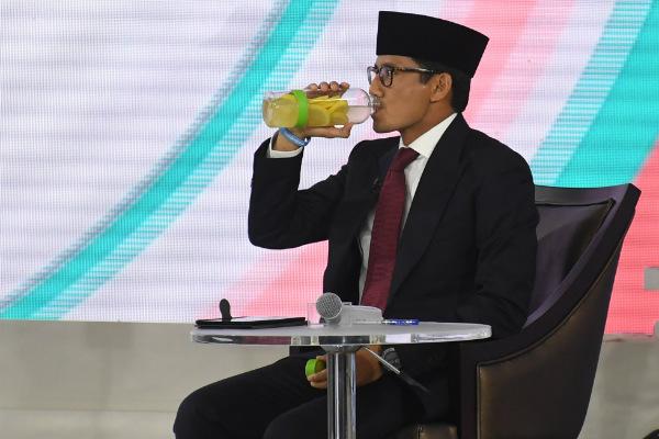 Cawapres nomor urut 02 Sandiaga Uno mengikuti debat cawapres di Hotel Sultan, Jakarta, Minggu (17/3/2019). - Antara/Wahyu Putro