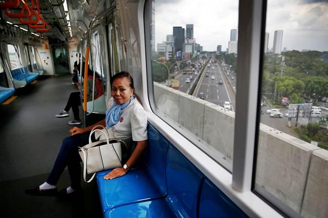 Uji coba moda raya terpadu (MRT) Jakarta, Selasa (12/3/2019). - REUTERS/Willy Kurniawan
