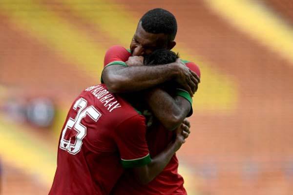 Dua penyerang andalan Timnas Indonesia U-23, Osvaldo Ardiles Haay (kiri) dan Marinus Mariyanto Wanewar. - Antara/Sigid Kurniawan