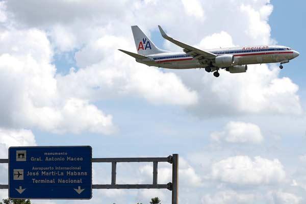 Pesawat American Airlines.  - Reuters
