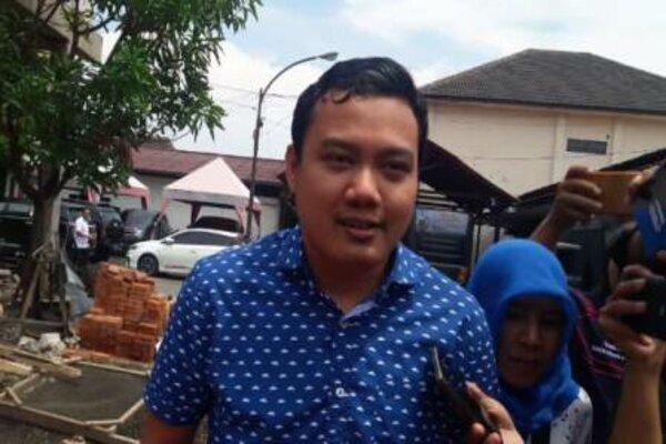 Fuad Bernardi, putra Wali Kota Surabaya Tri Rismaharini. - Tribratanews