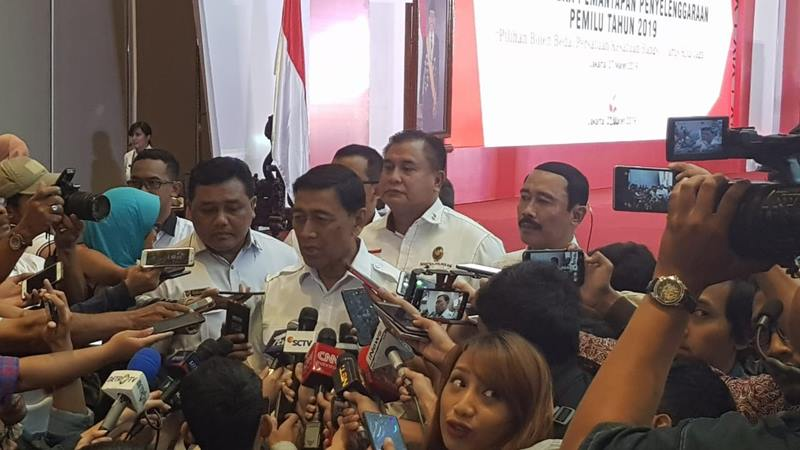 Menko Polhukam Wiranto memaparkan potensi ancaman jelang hari pemungutan suara pemilu 2019 di Jakarta, Rabu (27/3/2019). JIBI/Bisnis - Lalu Rahadian