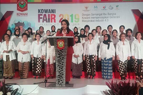 Ketua Umum Korps Wanita Indonesia (Kowani) Giwo Rubianto Wiyogo memberikan kata sambutan pada pembukaan Kowani Fair 2019 di Gedung Smesco, Jakarta Selatan, Kamis (4/4/2019). - Istimewa