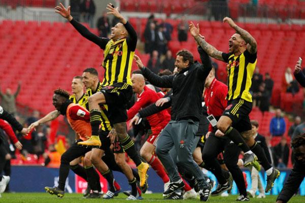 Pemain Watford bersukacita selepas memastikan lolos ke final Piala FA. - Reuters/John Sibley
