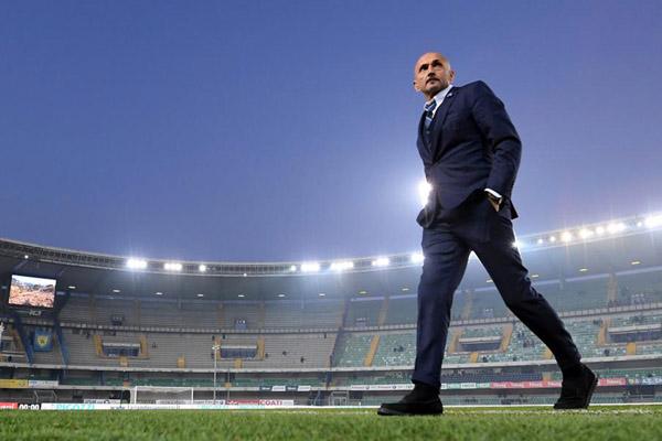 Pelatih Inter Milan Luciano Spalletti - Reuters/Alberto Lingria