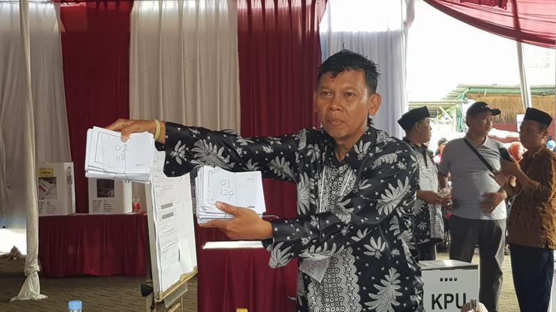Perhitungan suara di Tempat Pemungutan Suara (TPS) 62 di Jalan Kebagusan IV Dalam, Jakarta Selatan. JIBI/Bisnis - Lalu Rahadian