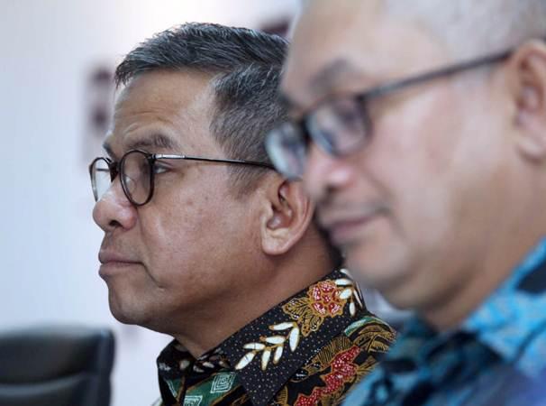 Direktur Utama PT Bank Rakyat Indonesia Agroniaga Tbk Agus Noorsanto menjawab pertanyaan investor di sela-sela rapat pemegang saham luar biasa perseroan, di Jakarta, Rabu (23/1/2019). - Bisnis/Endang Muchtar