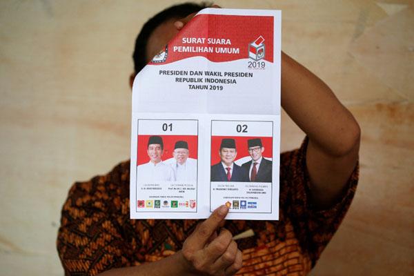 Ilustrasi penghitungan suara pada Permilu 2018. - Reuters/Willy Kurniawan
