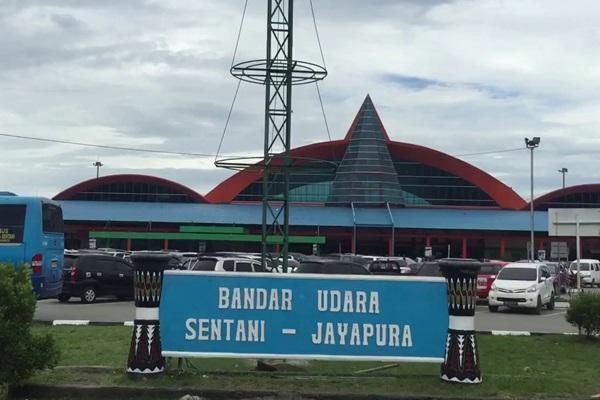 Ilustrasi - Bandara Sentani, Jayapura, Papua. - Bisnis/youtube