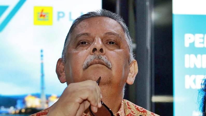 Direktur Utama PT Perusahaan Listrik Negara (PLN) Sofyan Basir saat konferensi pers di Jakarta, Senin (16/7/2019). - Bisnis/Dwi Prasetya