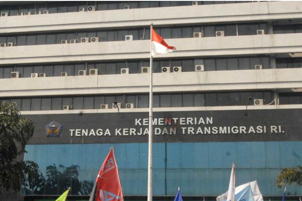 Gedung Kementerian Tenaga Kerja dan Transmigrasi. - Bisnis/Nurul Hidayat