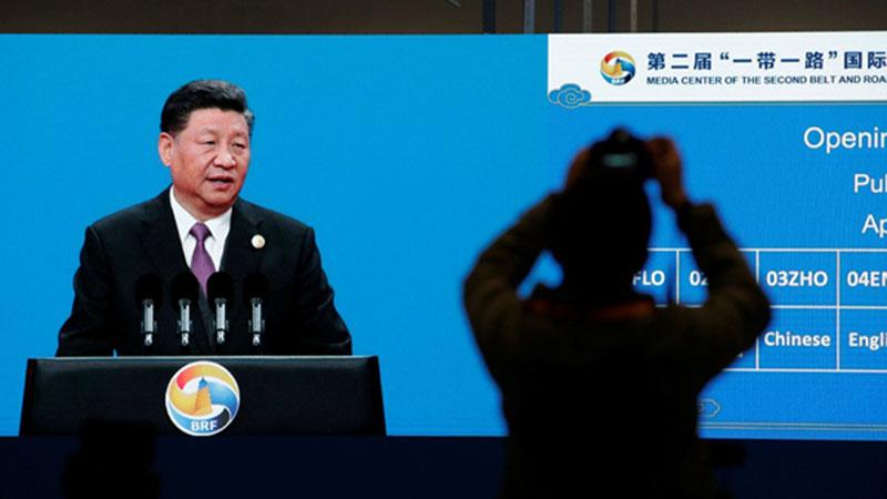 Presiden China Xi Jinping menyampaikan pidato di KTT kedua Belt and Road untuk Kerjasama Internasional di Beijing pada Jumat (26/5/2019). - Reuters/Jason Lee