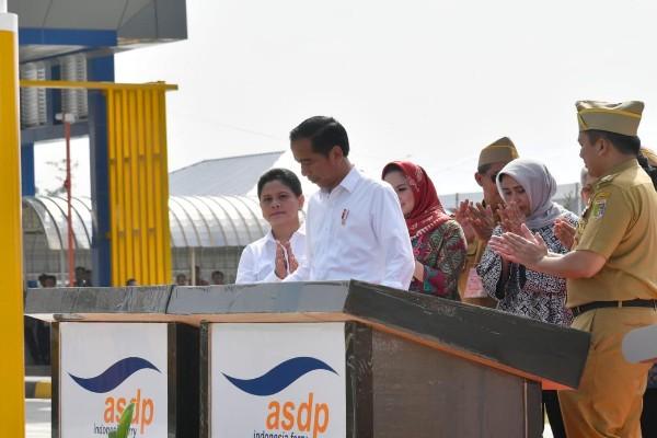 Ilustrasi - Jokowi saat peresmian Terminal Eksekutif Merak-Bakauheuni - Rinaldi Mohammad Azka