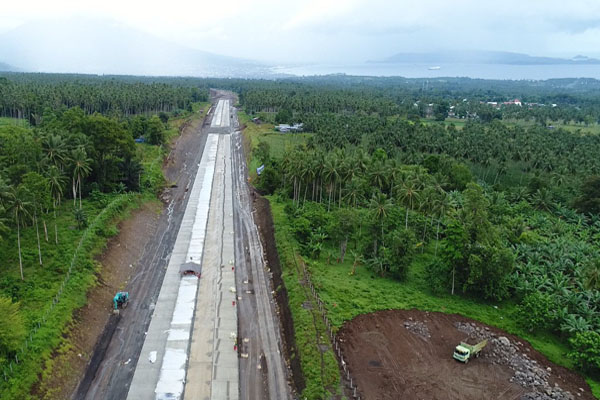 Jalan tol Manado-Bitung di Sulawesi Utara saat pembangunan. - Istimewa/PT Jasamarga Manado Bitung