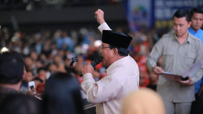 Calon presiden Prabowo Subianto hadir dalam peringatan Hari Buruh, Rabu (1/5/2019) di  Lapangan Tenis Indoor Senayan Jakarta. JIBI/Bisnis - Sholahudin Al Ayyubi